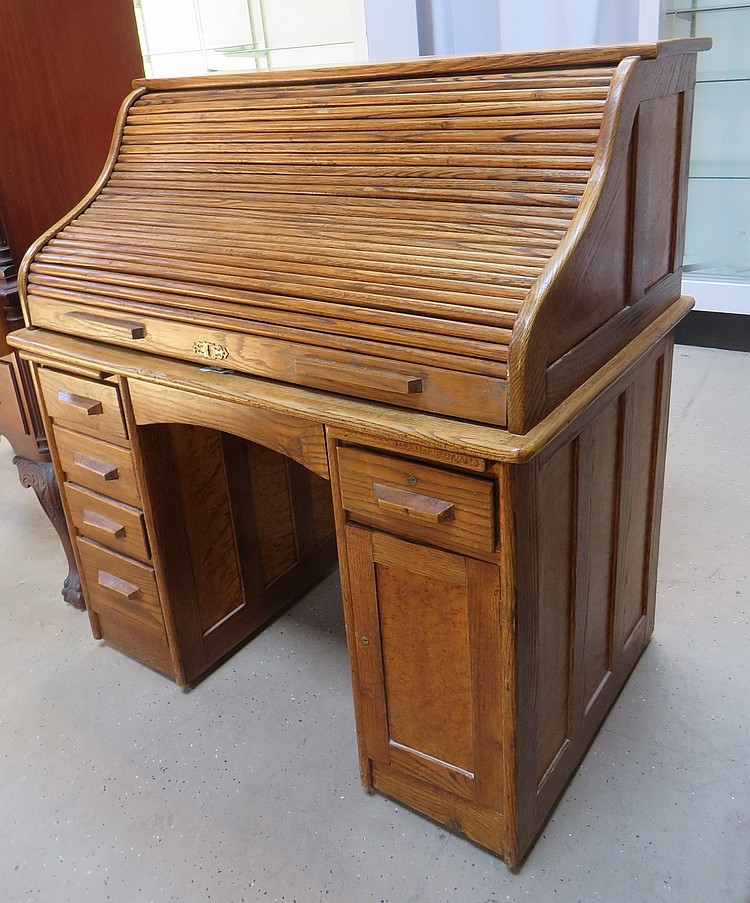 LATE 19TH C. ROLL TOP DESK