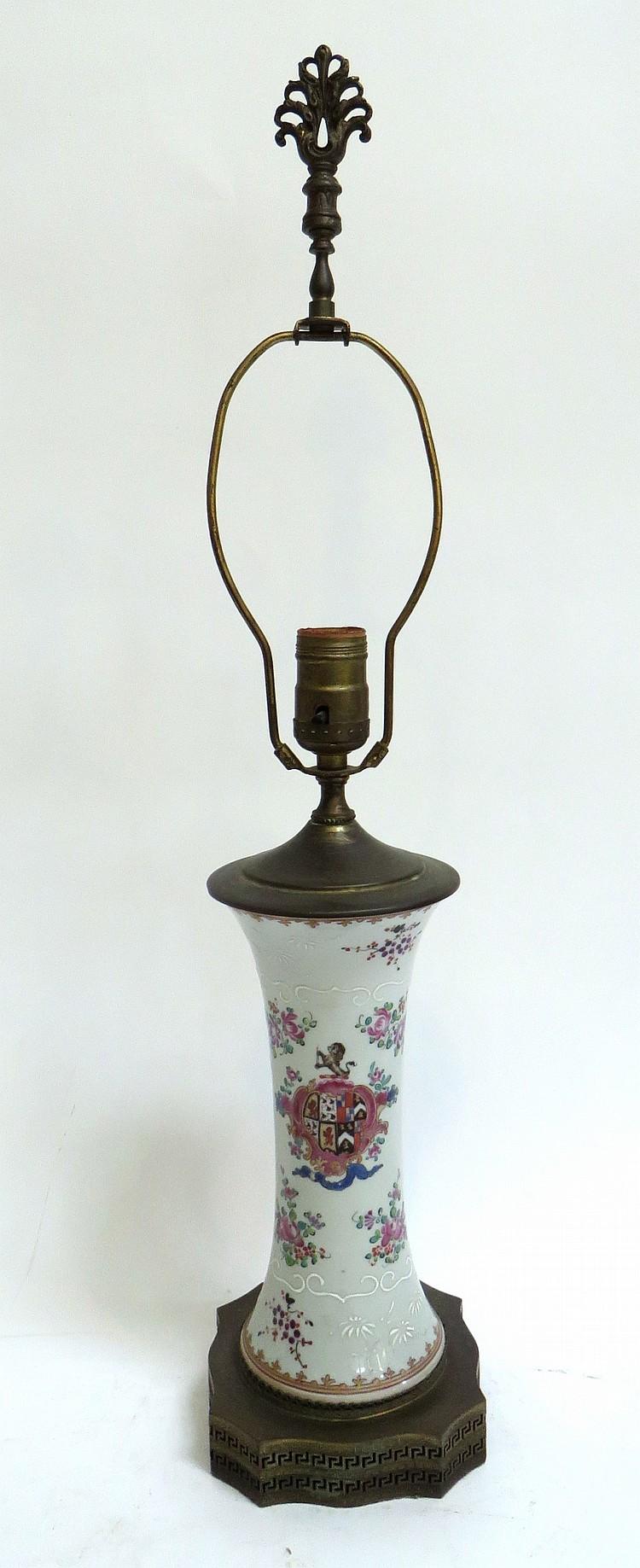 LAMP WITH ANTIQUE PORCELAIN BASE