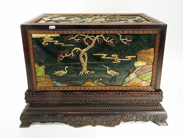 RARE CHINESE DECORATIVE STORAGE BOX