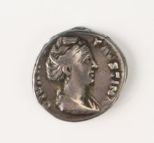 ANCIENT IMPERIAL ROMAN COIN CIRCA 165 AD