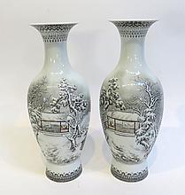 Garniture Vases