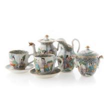 Chinese Export Famille Verte miniature tea set
