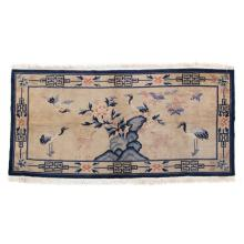 Chinese pictorial rug, approx. 3.2 x 6.1