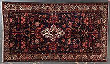 Antique Bahktiari rug, approx. 5.6 x 9.8