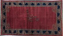 Unusual antique Sarouk carpet, 11.4 x 19.4