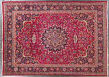 Meshed carpet, approx. 9.6 x 13.3