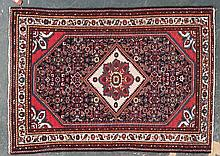 Semi-antique Hamadan rug, approx. 3.5 x 4.9