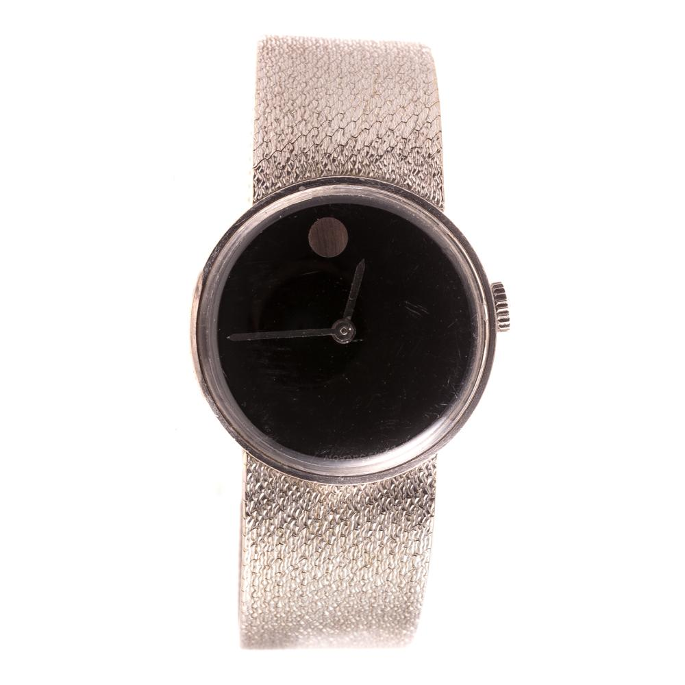 A Ladies Movado Watch in 18K White Gold