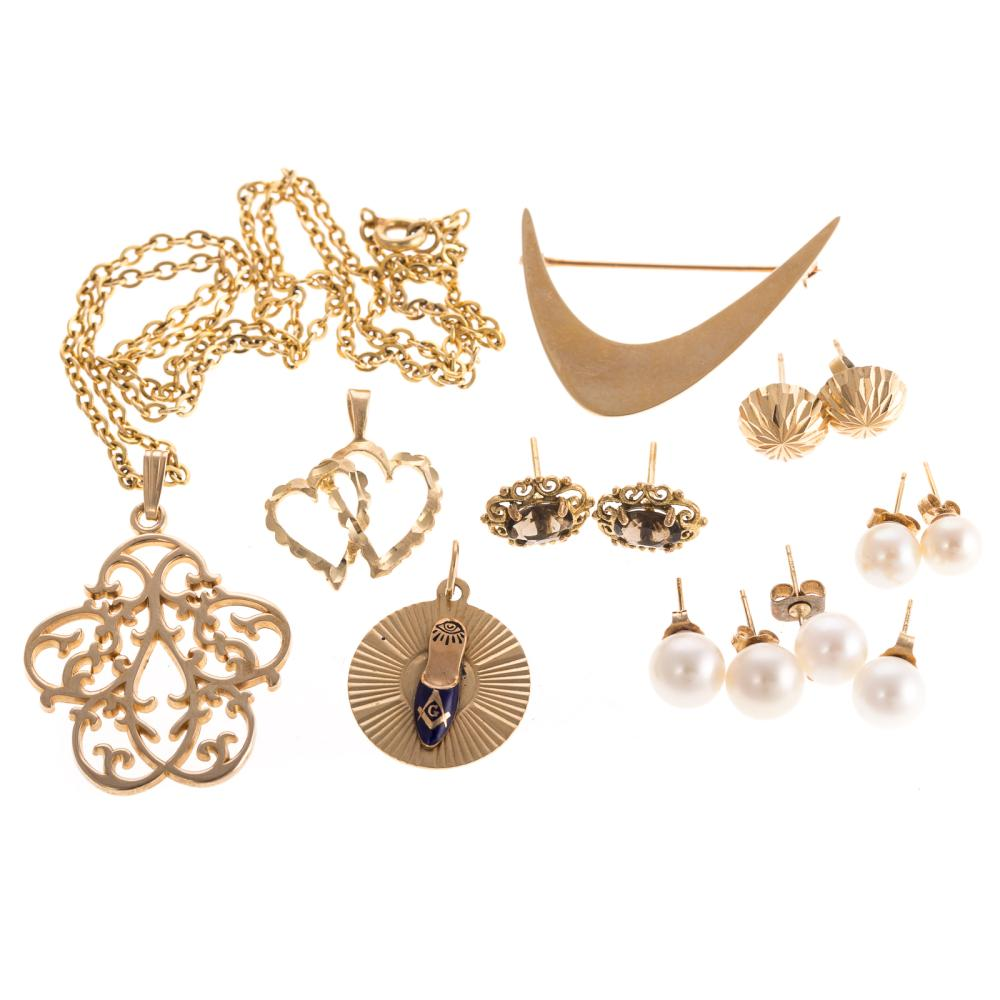 A Collection of Ladies 14K Gold Jewelry
