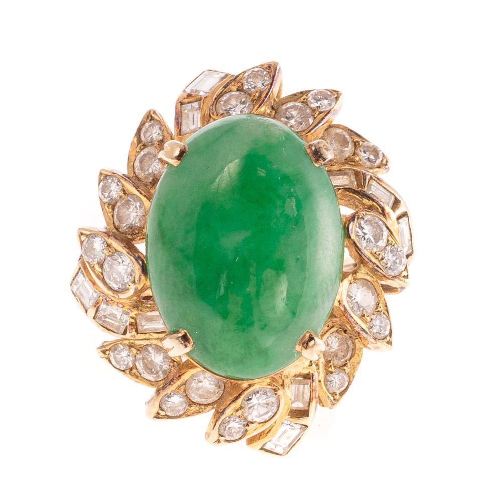 A Ladies Jade & Diamond Ring in 18K