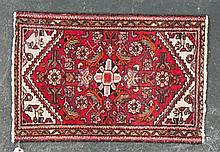 Persian Hamadan scatter rug, approx. 1.10 x 2.9