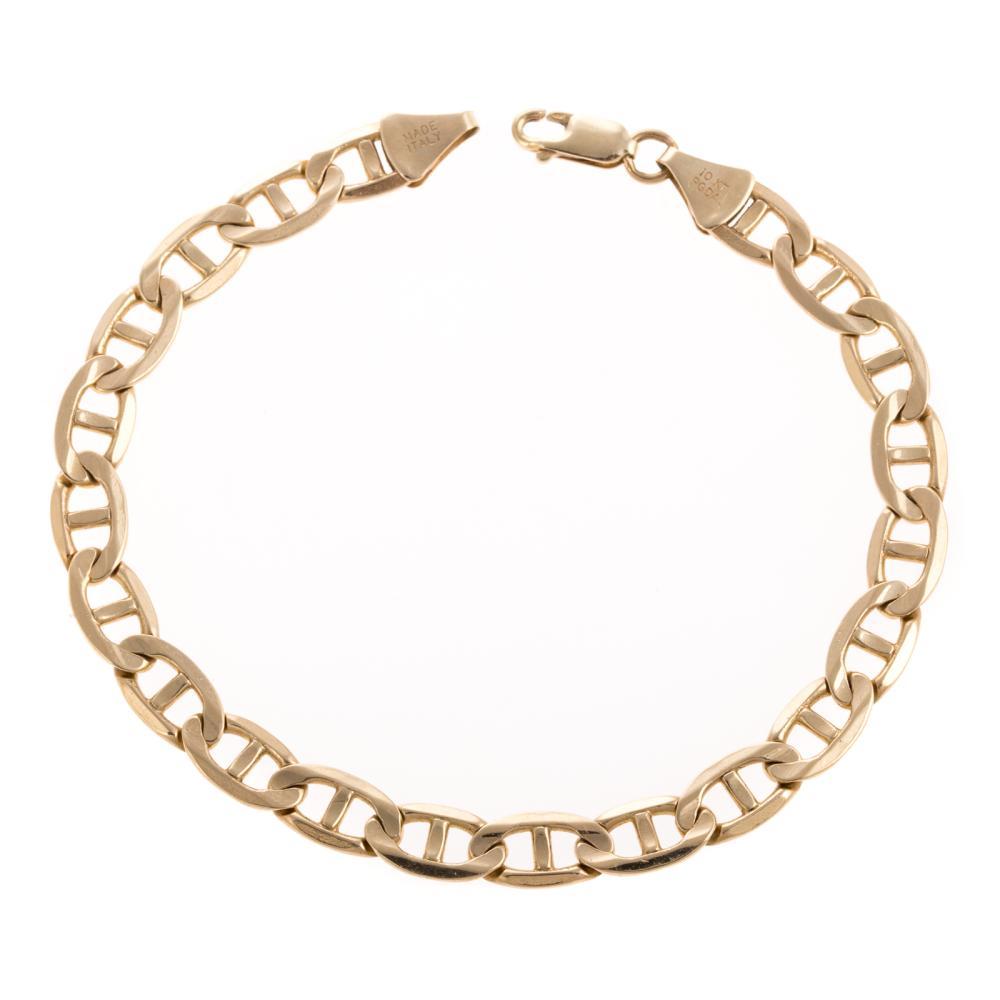 A Gentleman's Anchor Link Bracelet in 10K Gold