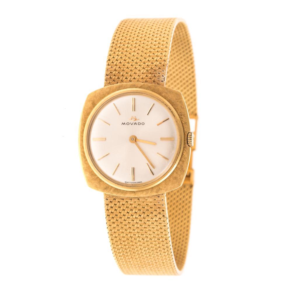 A Gentleman's Movado Watch in 18K Gold