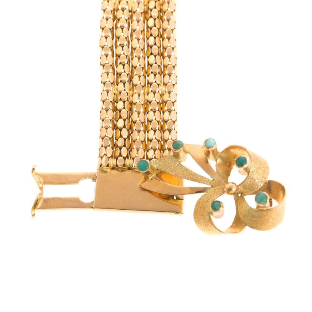 Lot 100: A Ladies Vintage Tassel Bracelet in 18K Gold