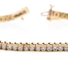 Lot 104: A 3.00ct Diamond Line Bracelet in 14K