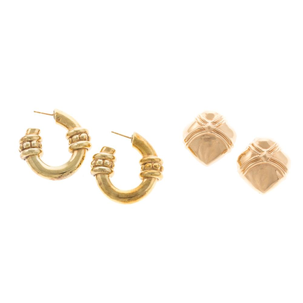 Lot 121: A Pair of 18K Hoops and 14K Dome Earrings
