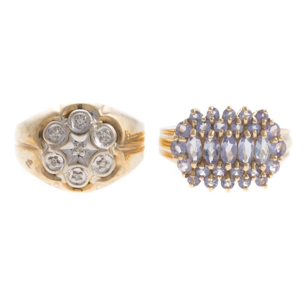 Lot 166: A Diamond Cluster Ring & Tanzanite Ring in Gold