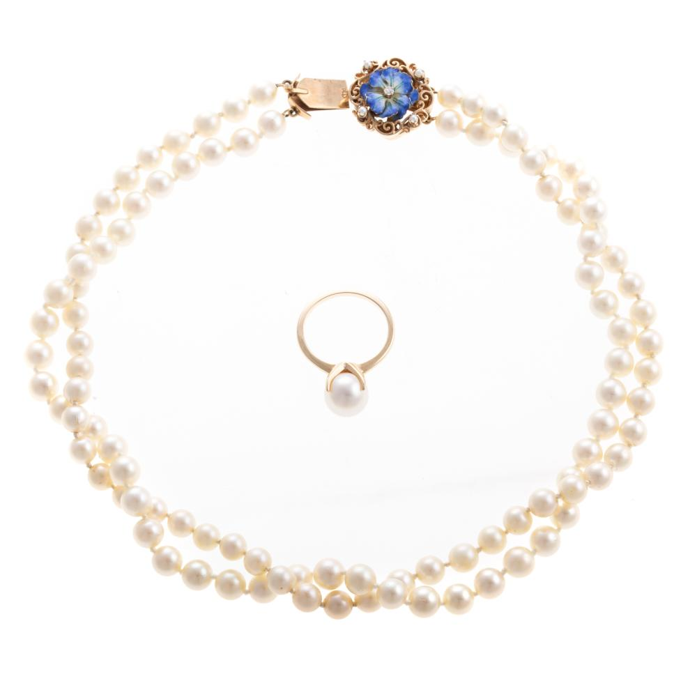 A Ladies Cultured Pearl Necklace and Ring in 14K