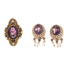 Lot 189: A Ladies Vintage Amethyst Ring in 14K