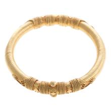 Lot 197: A Ladies 22K Yellow Gold Indian Bangle Bracelet