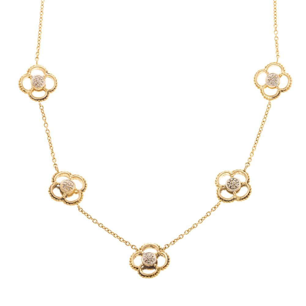 A Ladies Quatrefoil Diamond Necklace in 18K