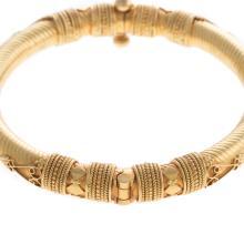 Lot 197: A Ladies 22K Yellow Gold Indian Bangle Bracelet