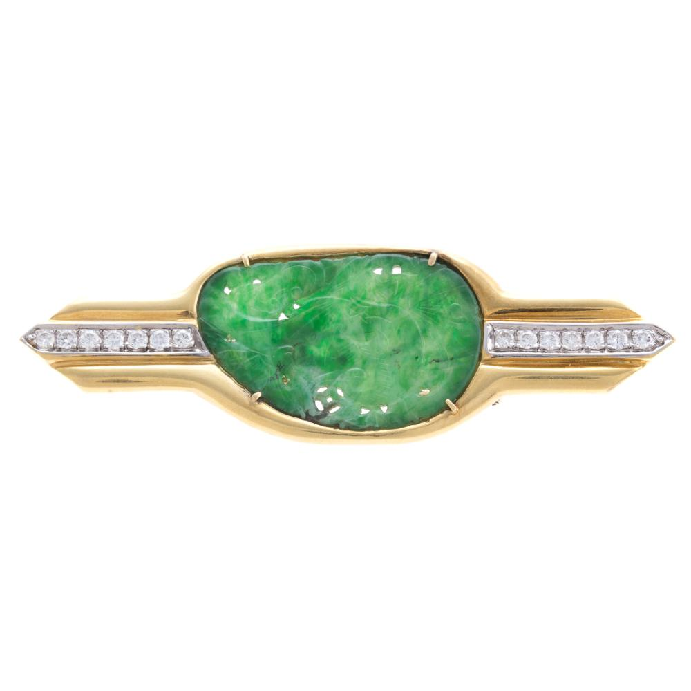 A Ladies Jadeite & Diamond Brooch in 18K