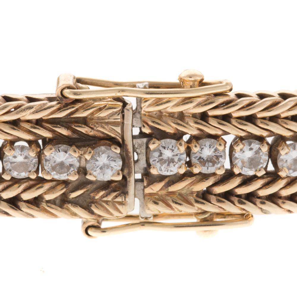 Lot 225A: A Ladies Diamond Bracelet 4 ctw in 14K Gold