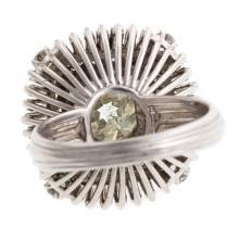 Lot 231: A Ladies Vintage 3 ct Diamond Ring in Platinum