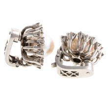 Lot 237: A Ladies Vintage Pearl & Diamond Ring & Earrings