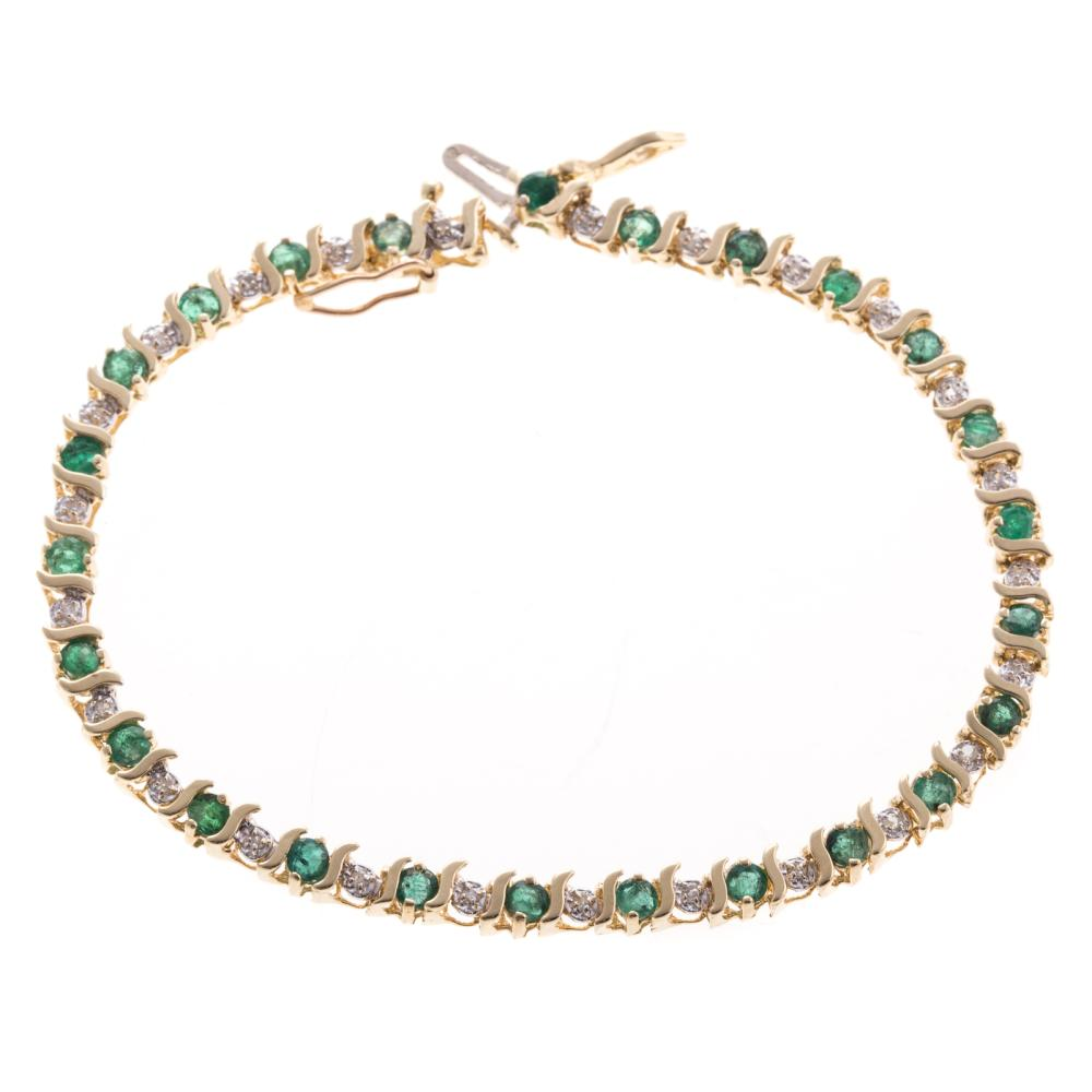 "A Emerald and Diamond ""S"" Link Bracelet in 14K"