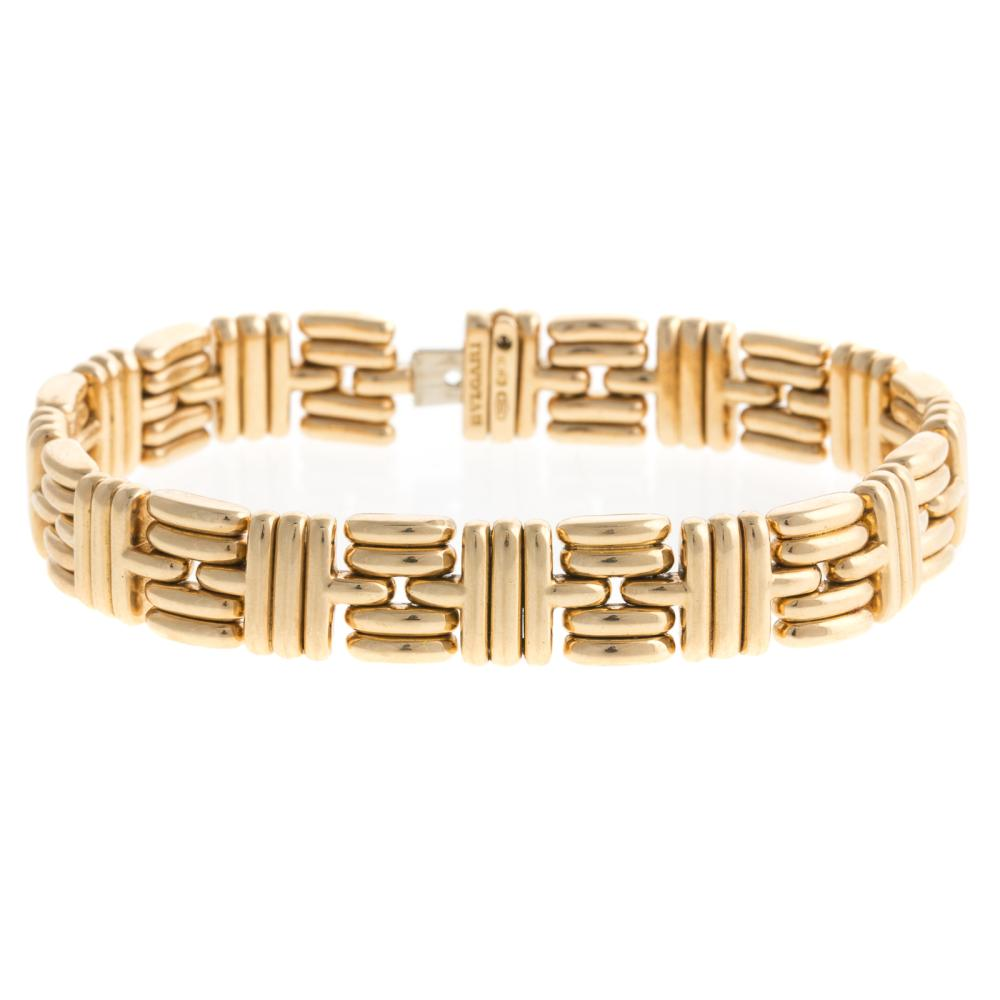 A Ladies 18K Geometric Link Bracelet by Bvlgari