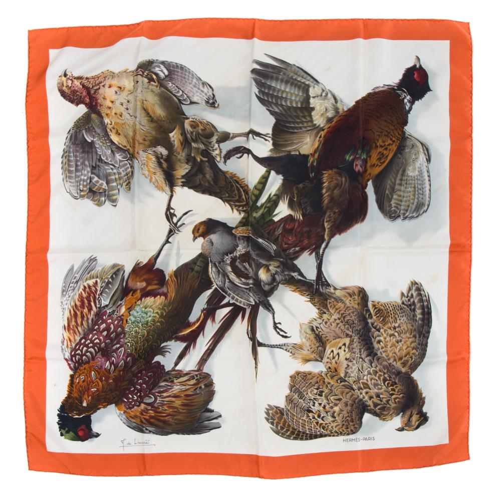 """Lot 305: A Hermes """"Belle Chasse"""" Scarf 90"""