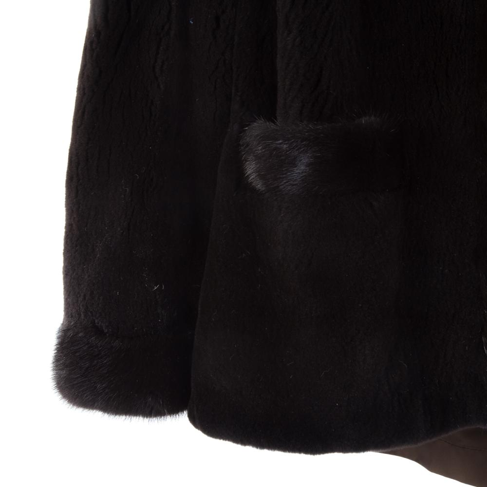 Lot 313: A Ladies Dark Brown Reversible Mink Jacket
