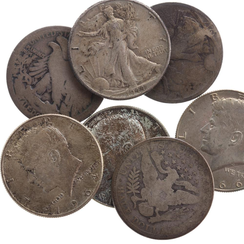 Lot 617: Mixed US Silver Coins
