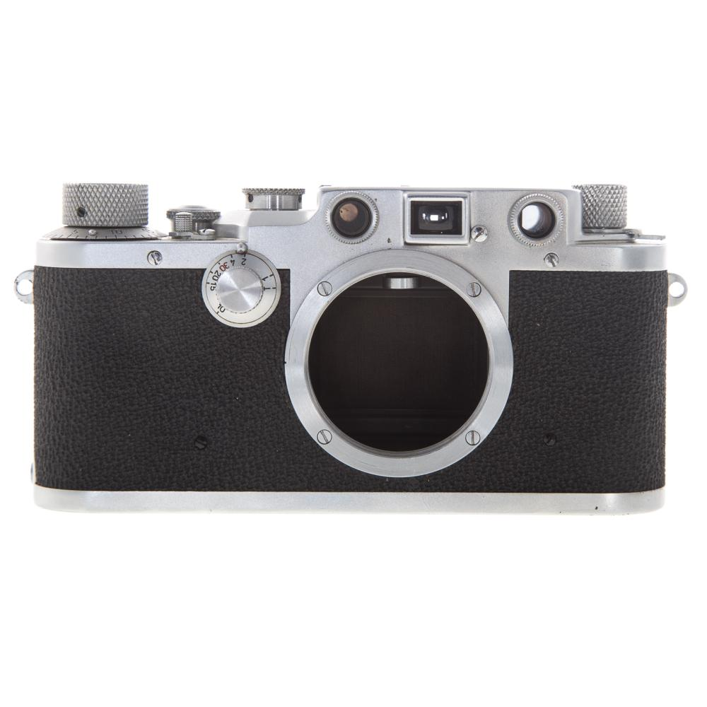 Lot 700: Two Leica D.R.P. Camera Bodies