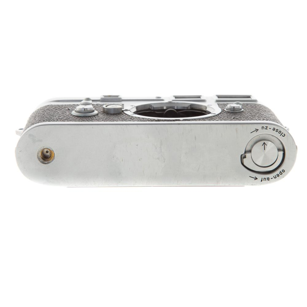 Lot 701: Leica M 3 Camera Body