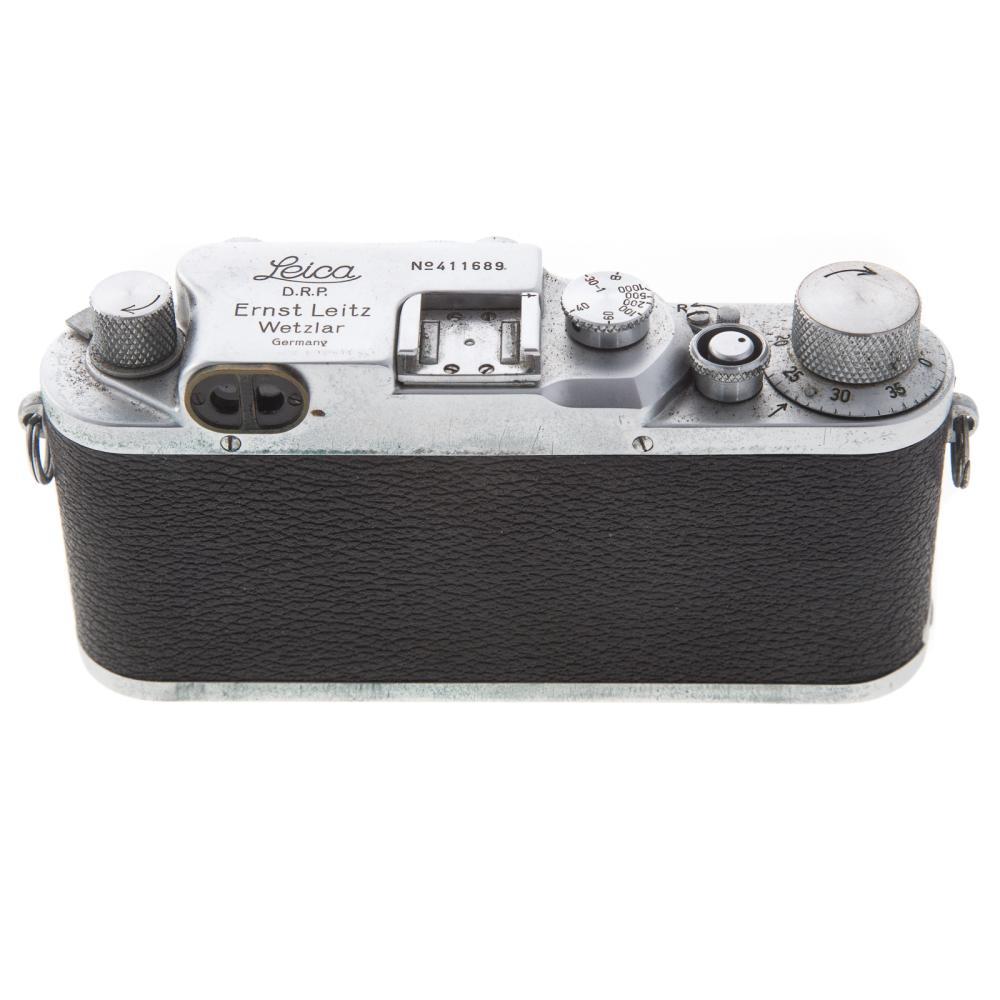 Lot 705: Leica III C Camera With Summar Lens