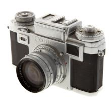 Lot 722: Zeiss Ikon Contax Camera and Contax Body
