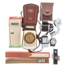 Lot 730: Eight Zeiss Ikon Optical Finders & Accessories