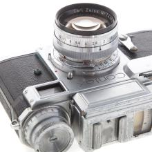 Lot 729: Two Zeiss Ikon Contax Cameras And Lenses