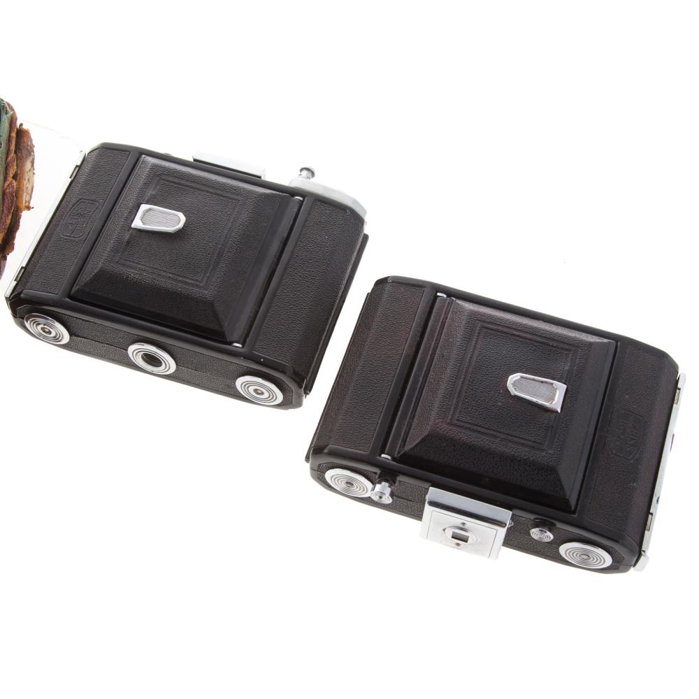 Lot 734: Two Zeiss Novar Anastigmat & Compur Cameras