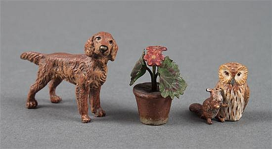 Austrian cold painted bronze Irish setter, Squirrel Nutkin, and potted geranium