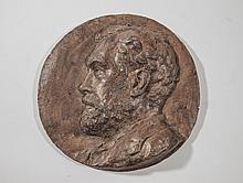 Jean Alexandre PEZIEUX- Medaillon en terre cuite representant un homme de profil - 28 cm de diametre
