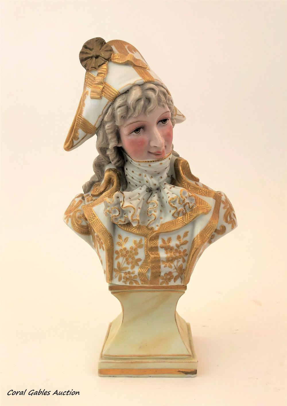 Bust of biscuit of the 19th century