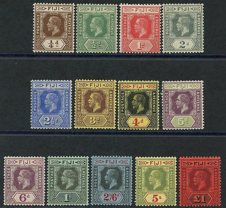 1912-23 MCCA set fine M, SG.125/137. Cat. £300