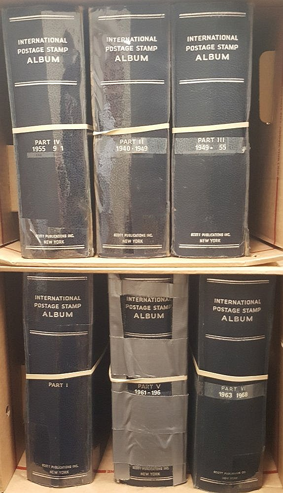 SCOTTS INTERNATIONAL ALBUMS x6 volumes containing a world collect