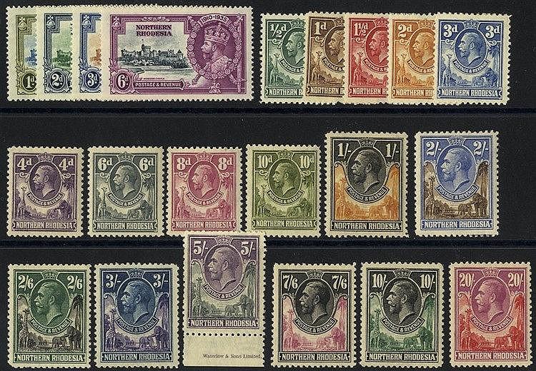 1925 Defin set M, 1935 Jubilee set M, SG.1/17, 18/21. (21) Cat. £