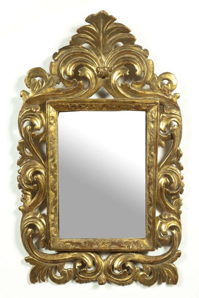 Miroir de forme rectangulaire dans un entourage en for Pic de chix dans l miroir