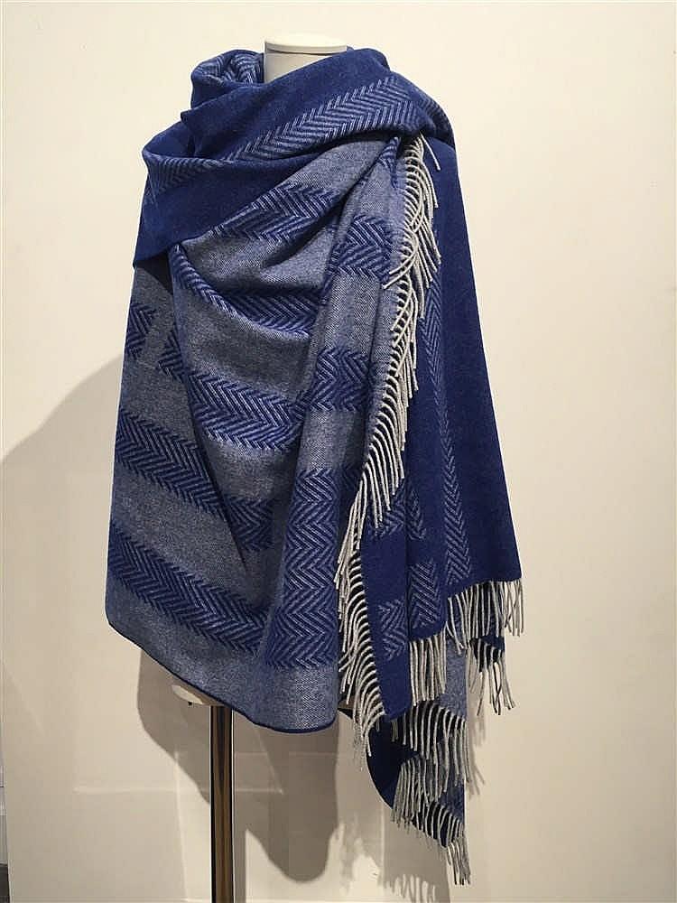 hermes paris made in great britain plaid en laine et cachemi. Black Bedroom Furniture Sets. Home Design Ideas